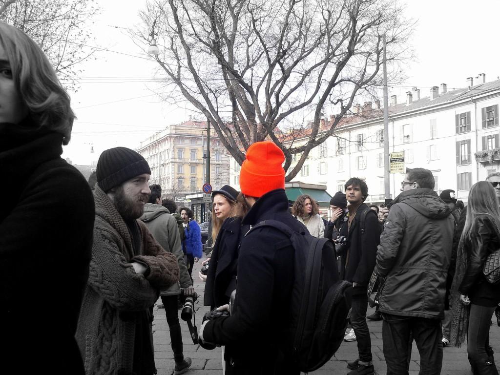 bonnet flashy orange