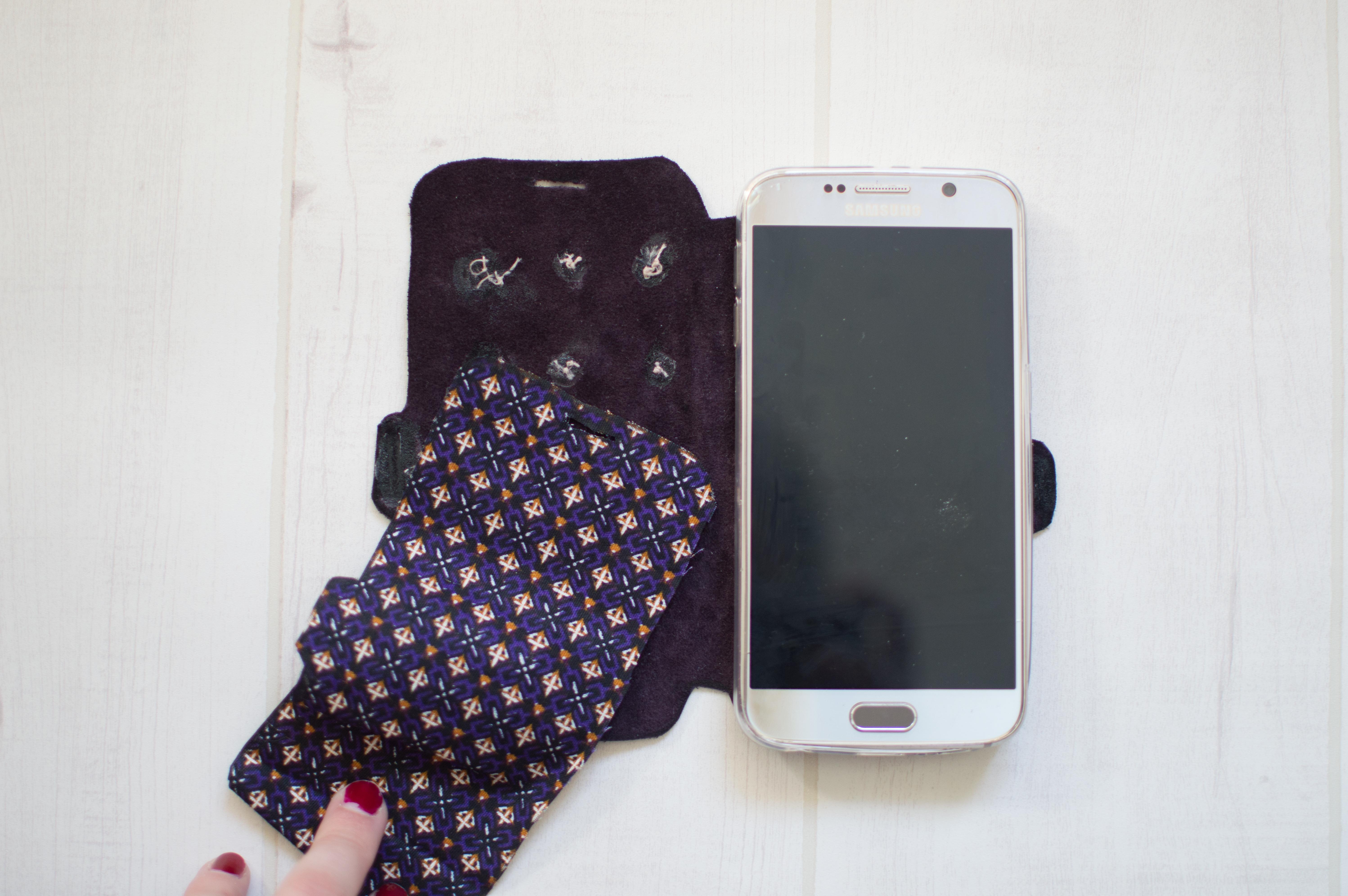 diy pochette téléphone